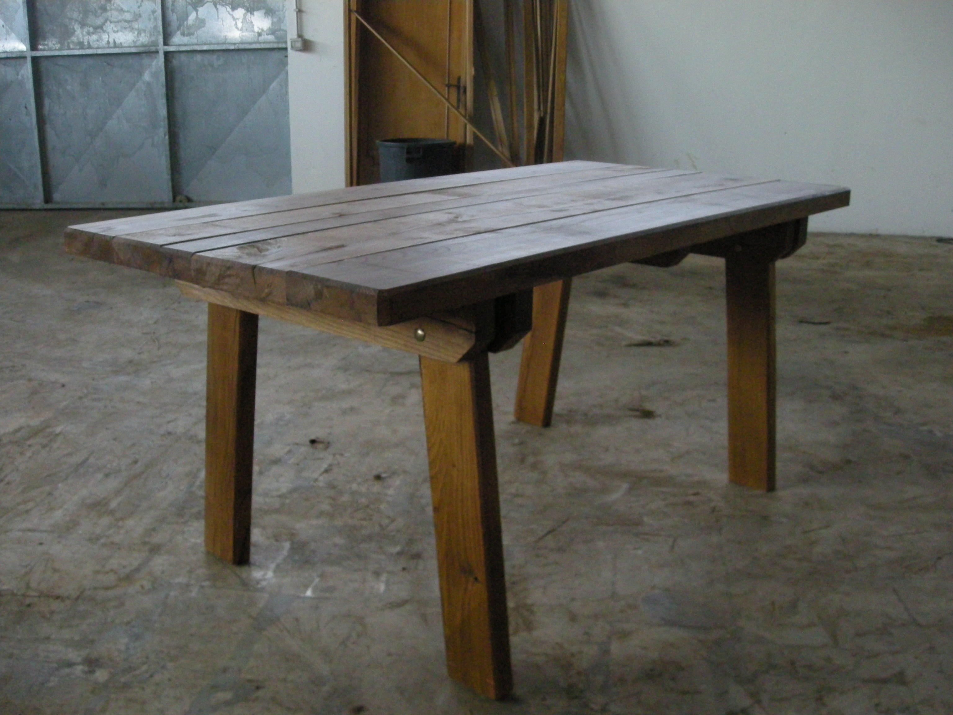 Tavolo da giardino in quercia - Tavoli regolabili in altezza prezzi ...