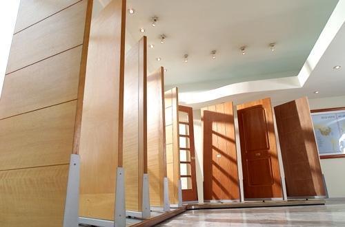 puertas interiores y exteriores