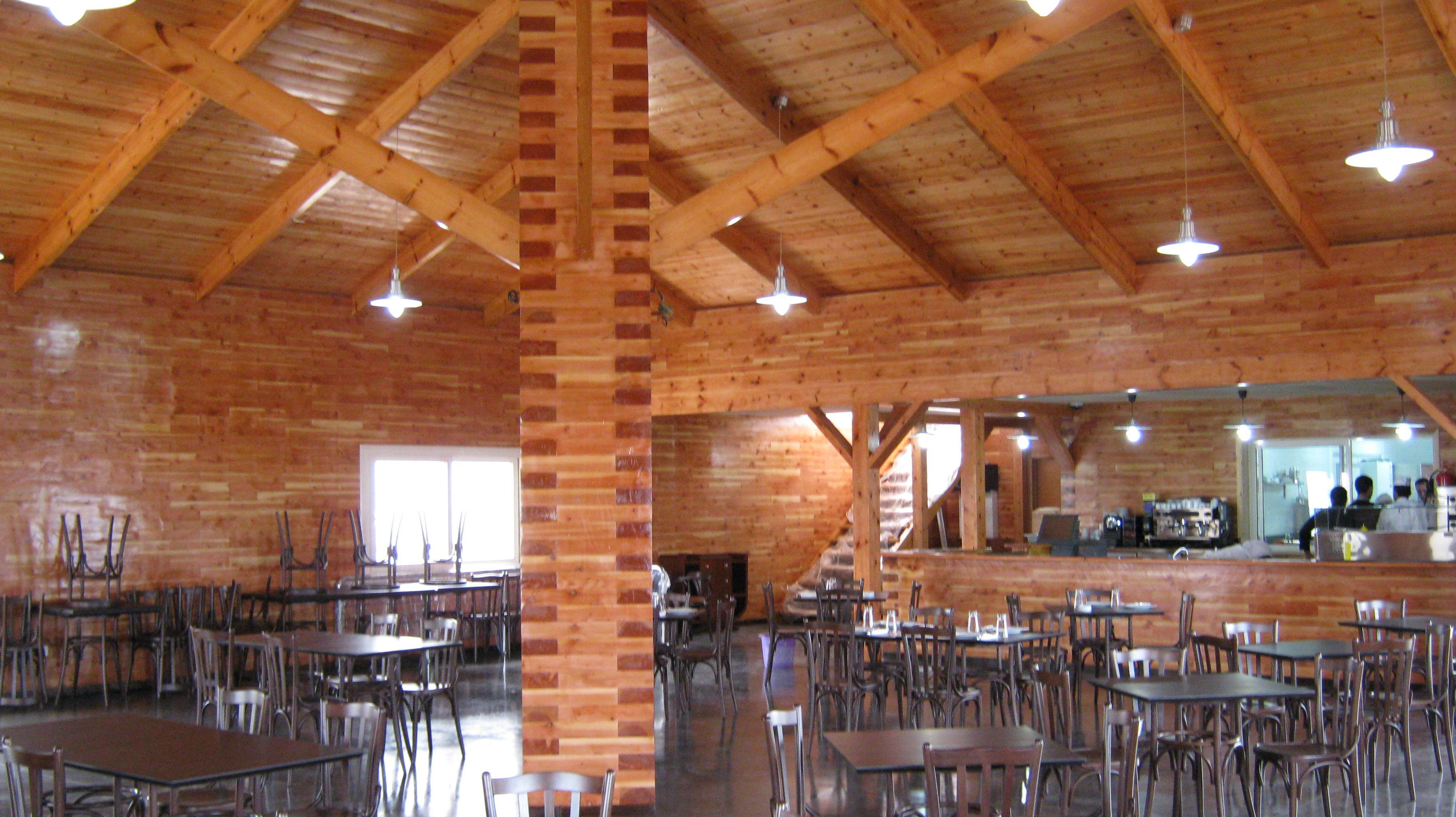 Pbm bloc le bloc en bois ou parpaing bois massif for Garage bois ou parpaing