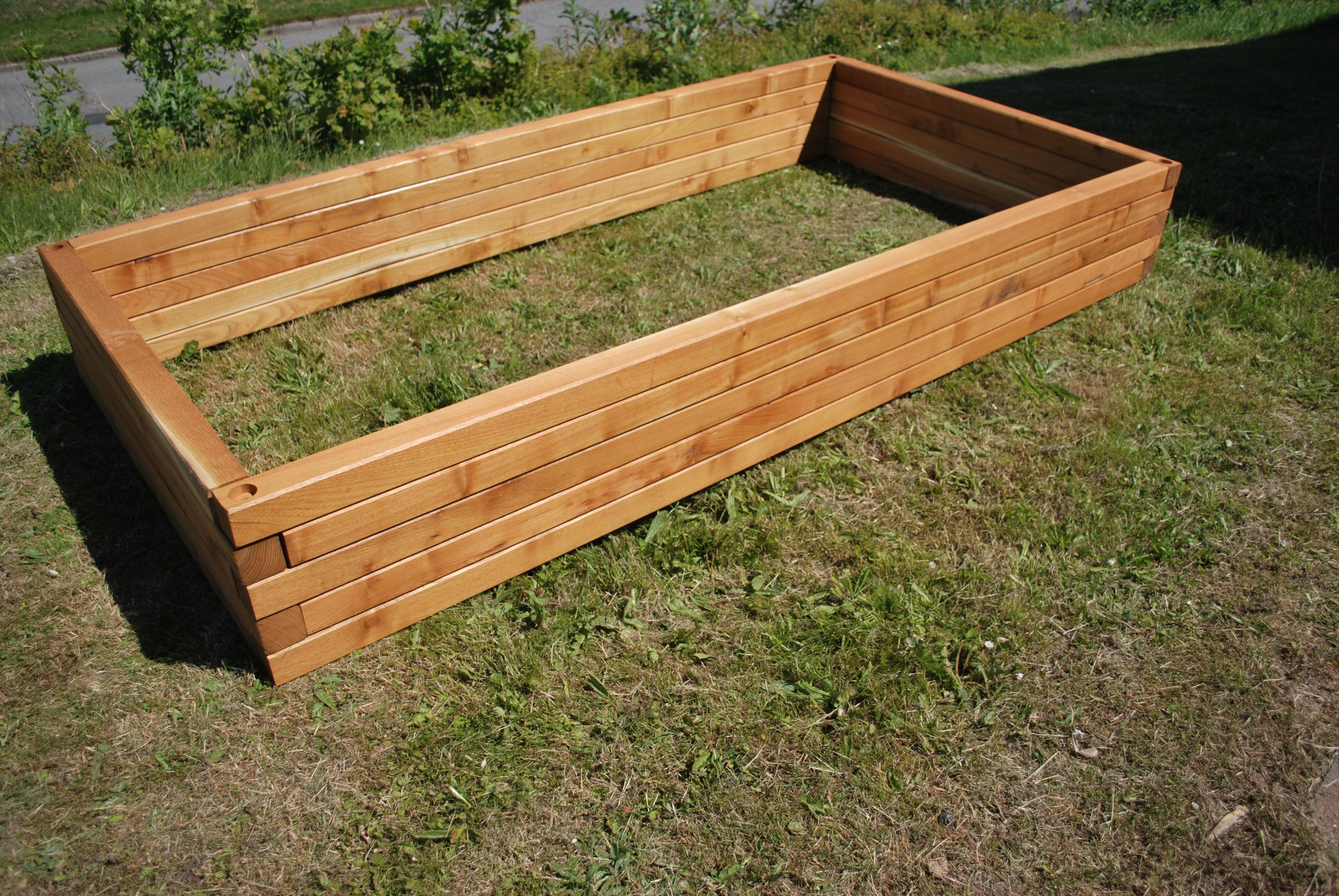hochbeet blummenk sten og tr ge in robinienholz. Black Bedroom Furniture Sets. Home Design Ideas