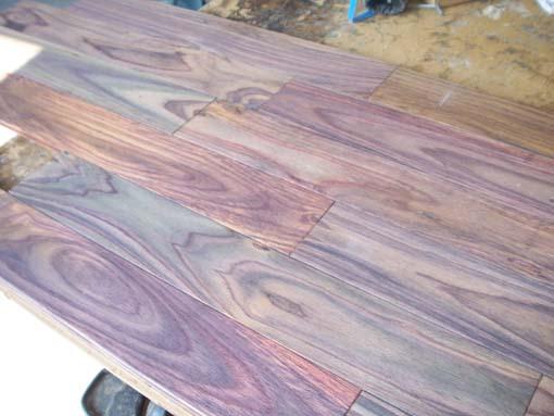 palisander east indian rosewood sonokeling parkett nut und federbretter. Black Bedroom Furniture Sets. Home Design Ideas